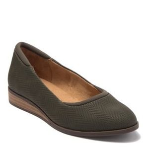 Dr. Scholls Depth Wedge Flat